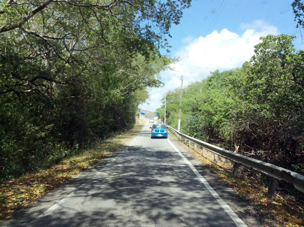 Curaçao estrada para as praias