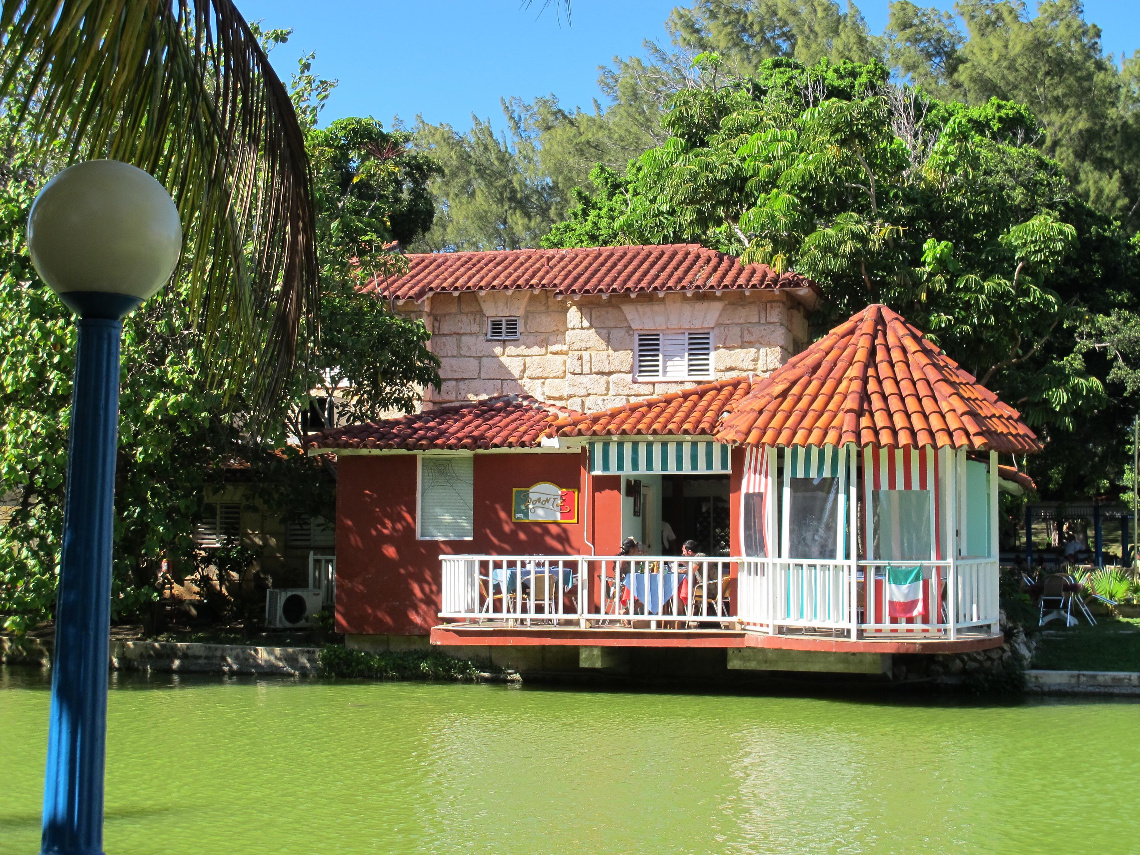 Restaurante Dante Vardero Cuba - Parque Josone