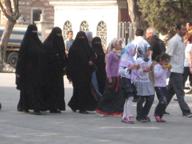 Turquia e sua cultura - vestimentas das mulheres