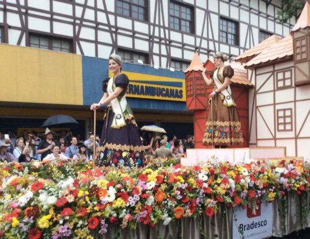 Blumenau – Oktoberfest, a festa alemã no Brasil