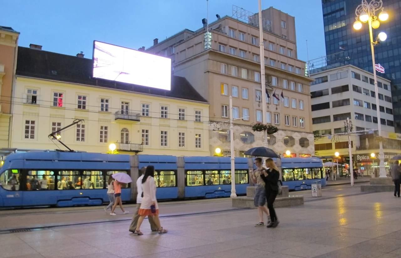 o que fazer em Zagreb Praça Ban Jelacic