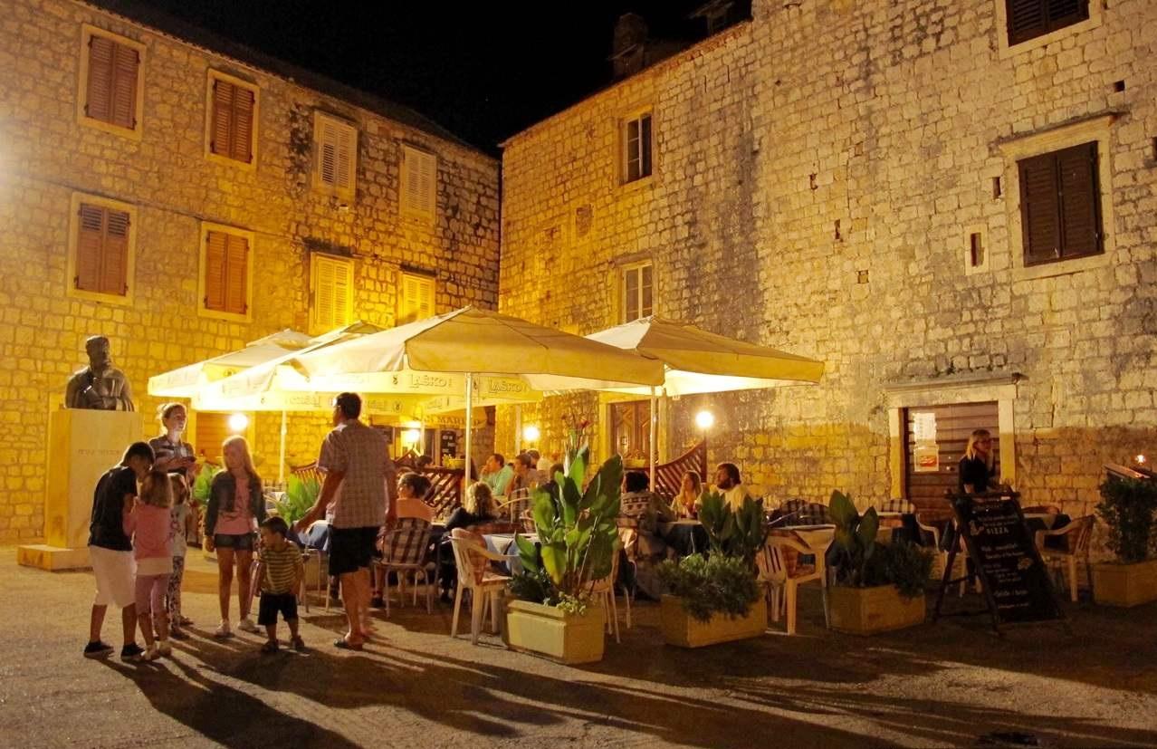 Stari Grad Ilha de Hvar Restaurantes