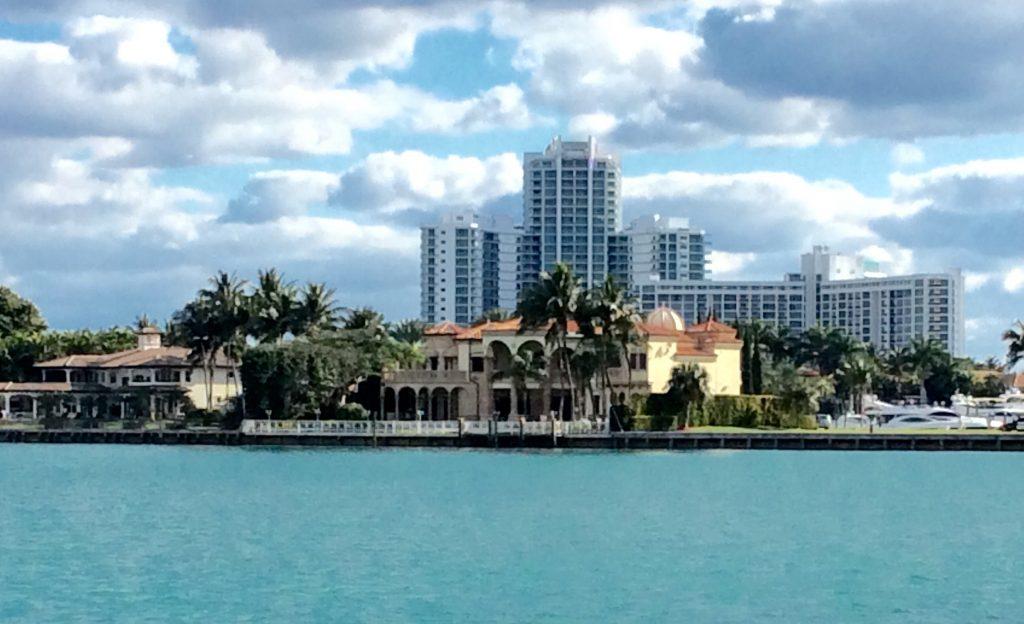 Fort Lauderdale Prédios Enormes