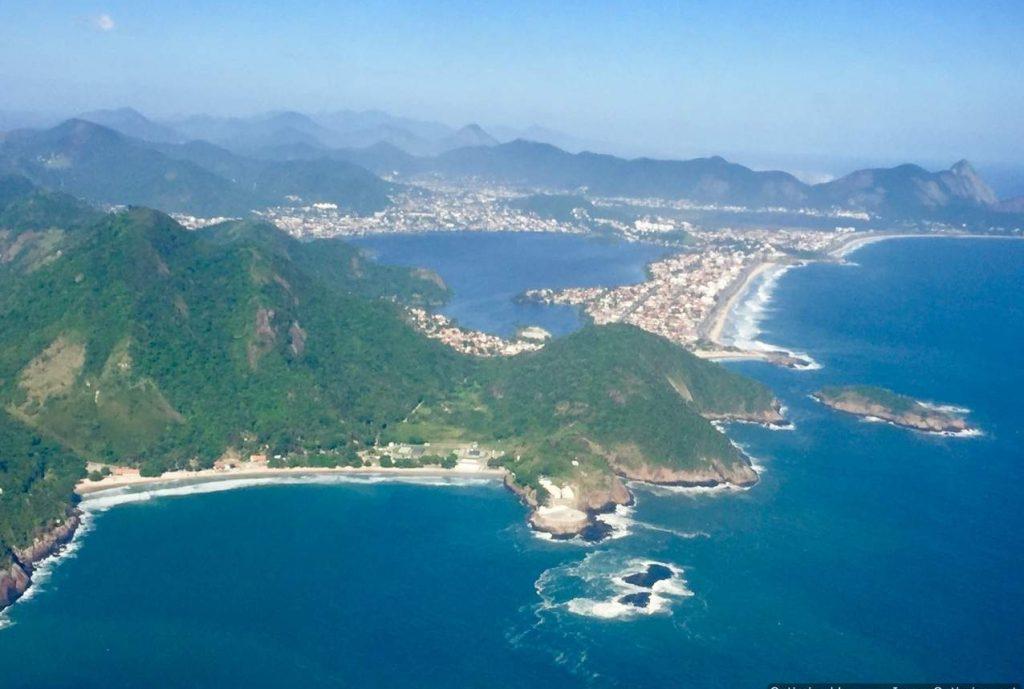 Rio de Janeiro Montanhas Mar