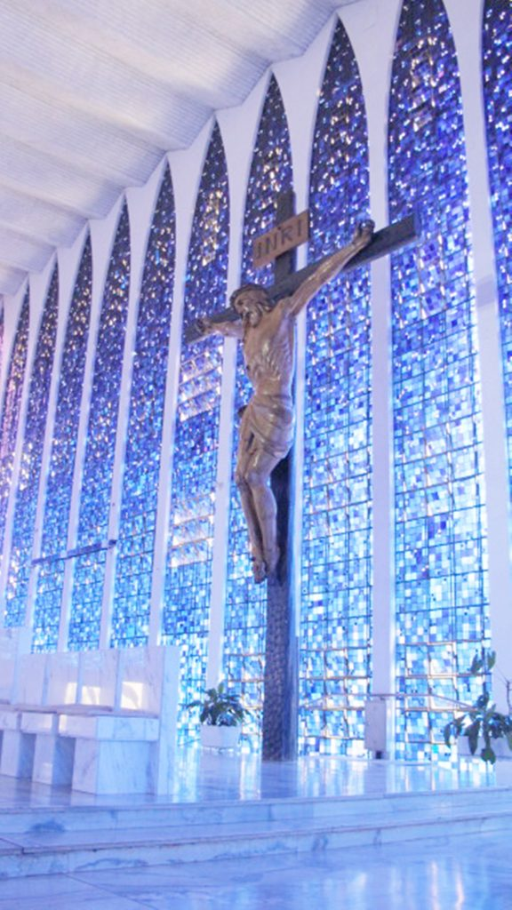 Igreja Dom Bosco-crucifixo