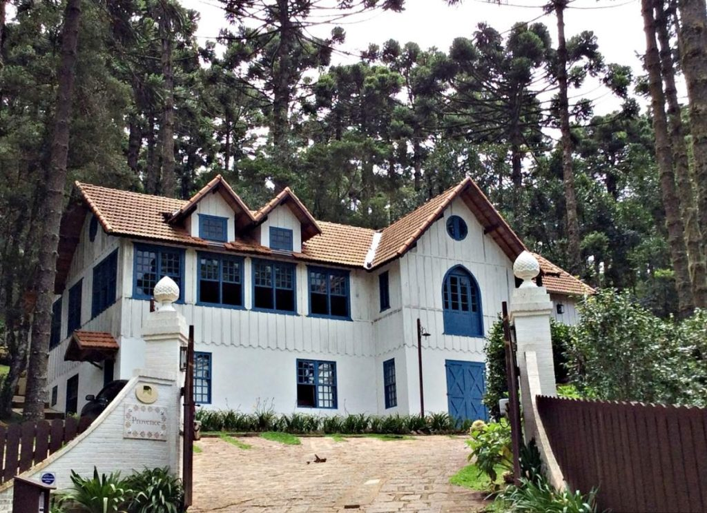 Monte Verde Provance Cottage