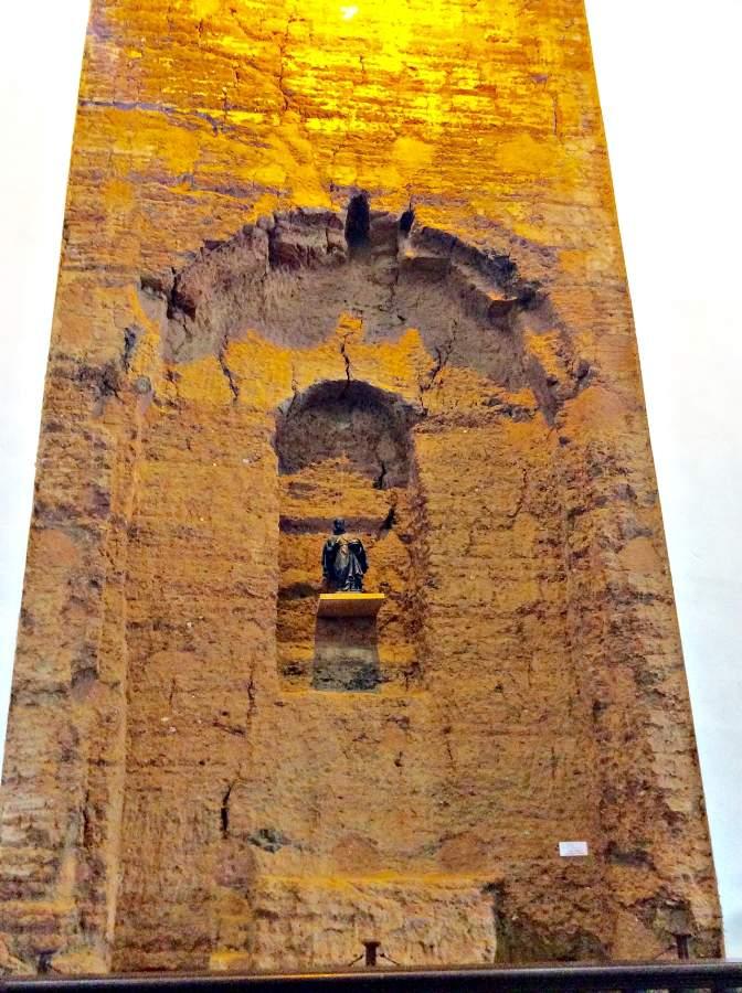 Pirenópolis o que fazer Igreja Matriz sem restaurar