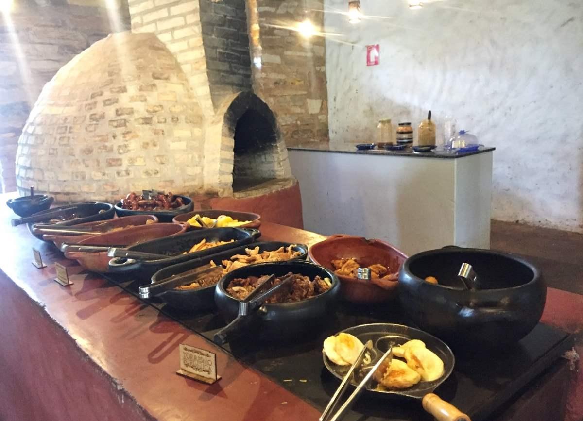 Salto Corumbá Restaurante