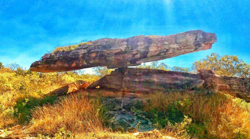 Pedra Chapéu do Sol – desafio da natureza, Cristalina/Goiás