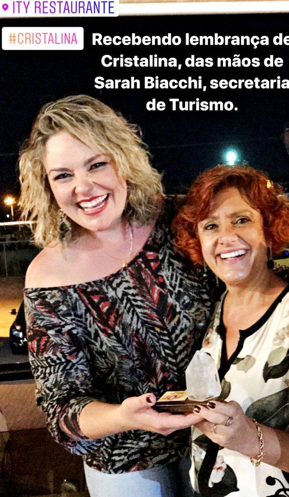 Sara Biacchi, entrando lembrar;a da cidade ao Grupo Vem Pro Cerrado