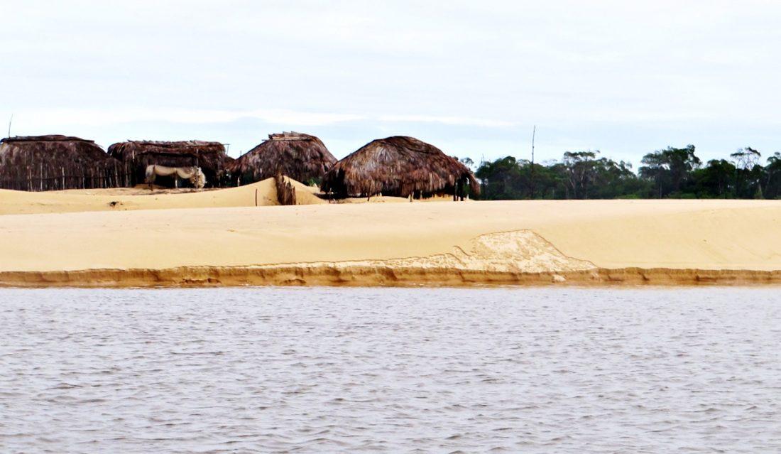 Lençóis Maranhense - rio Preguiças e dunas