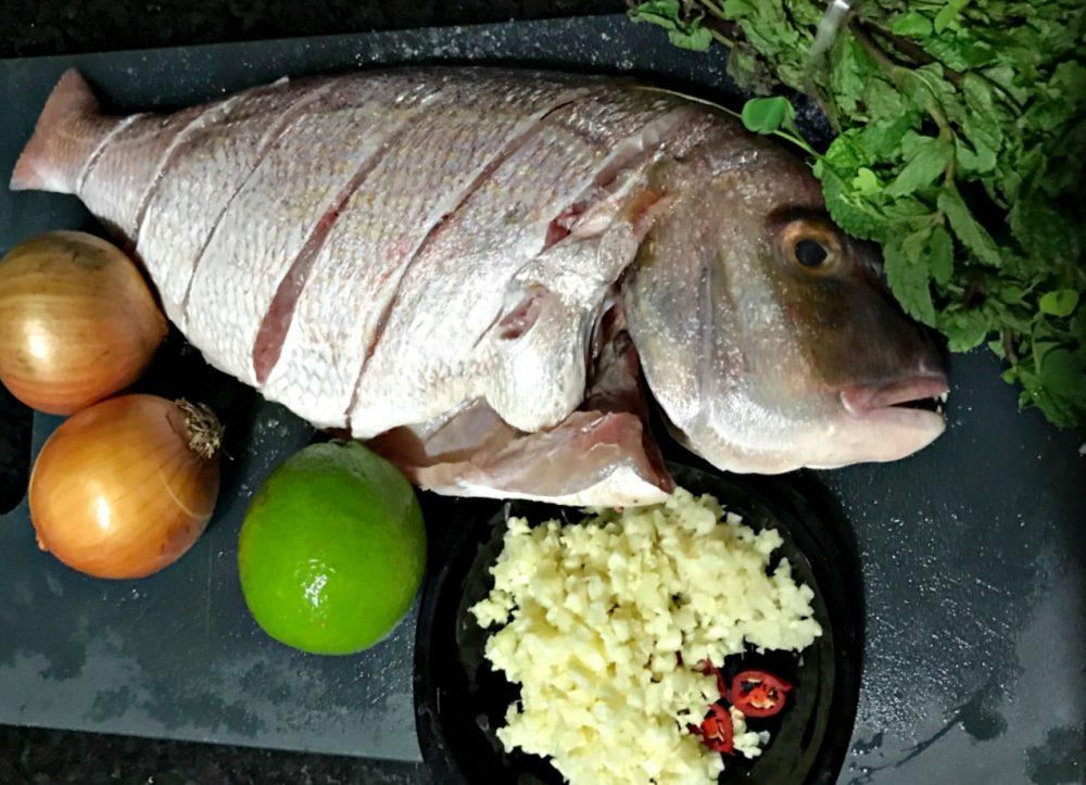 Peixe ao Forno com Purê de Damasco - Tempero do Peixe