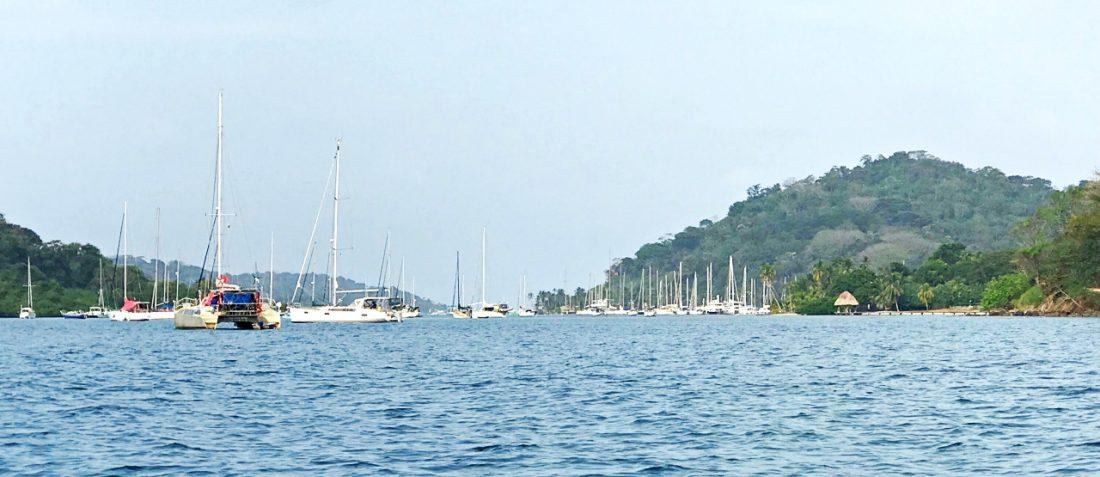 Baia de Portobelo - embarcações