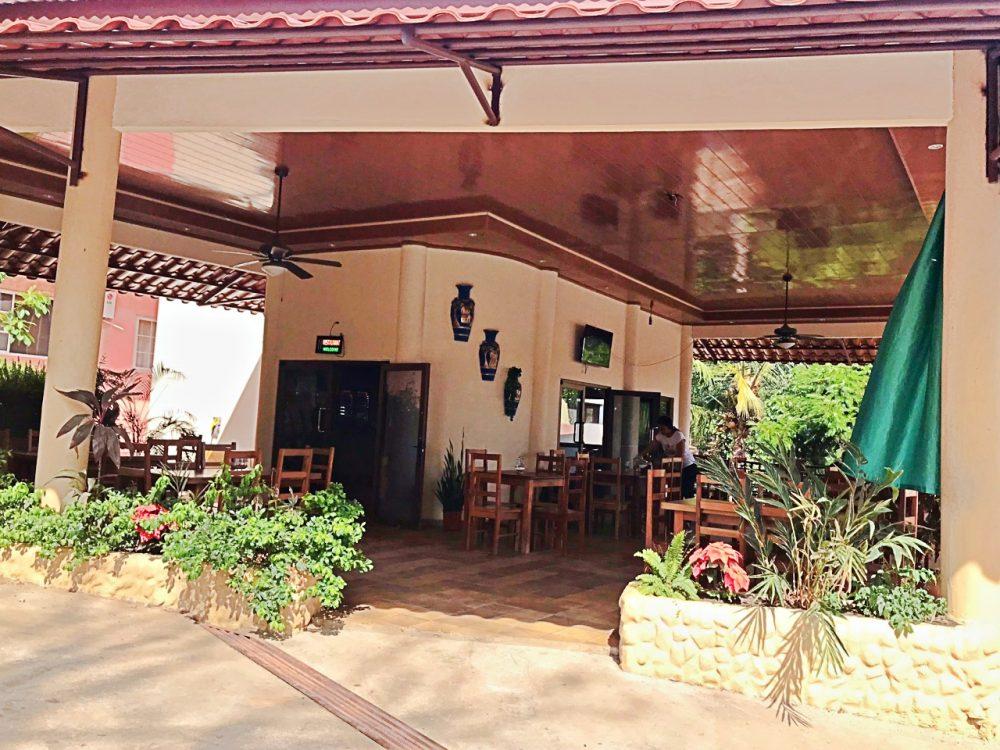 Boca Chica, Restaurante La Costa
