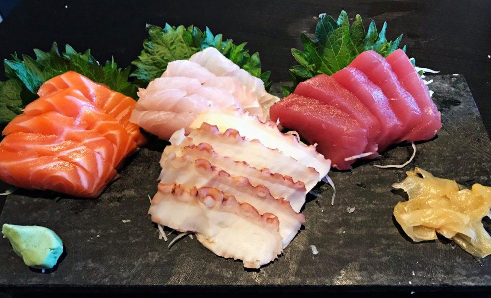 Sushi San Experience - sashimi