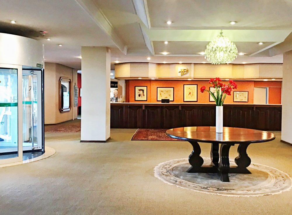 Recepção do Hotel Laje de Pedra
