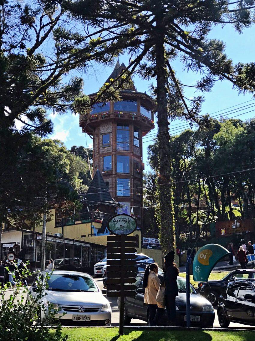 Lago Negro - Torre da Rapunzel