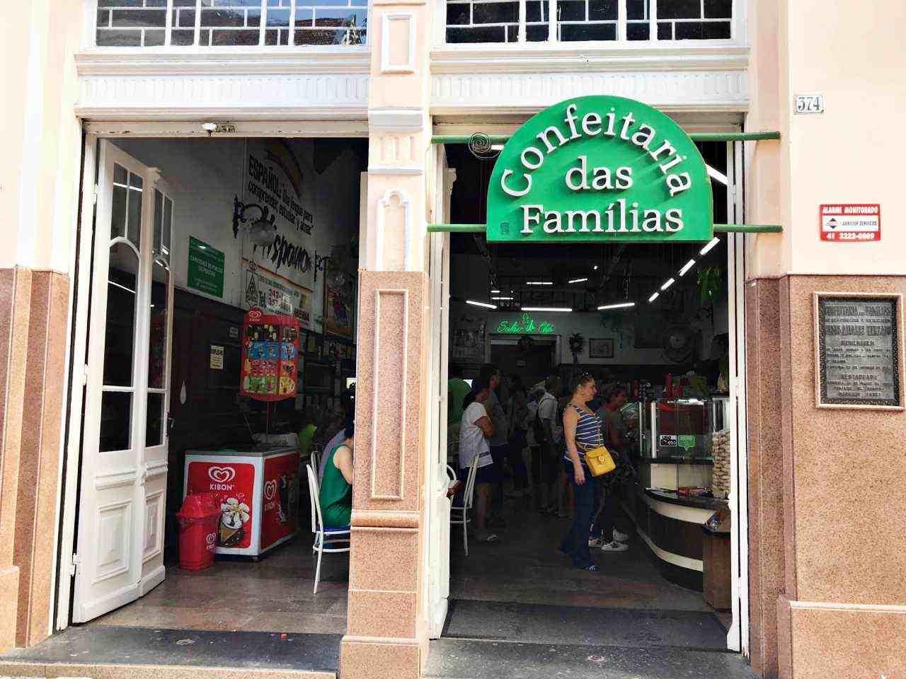 7 Lugares onde comer doces em Curitiba - Confeitaria das Famílias