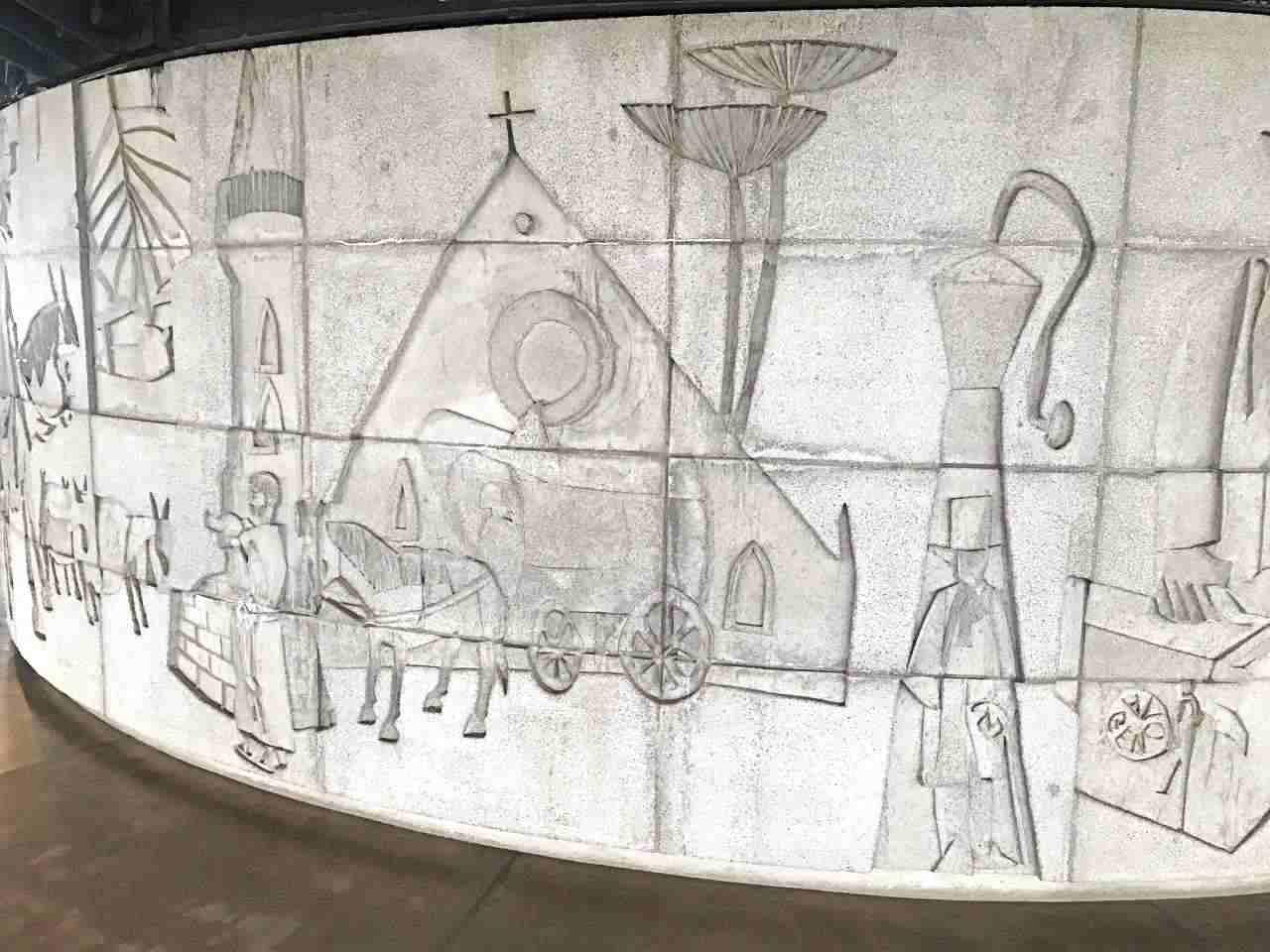 Painéis de Poty Lazzarotto - As Comunicações e a História de Curitiba