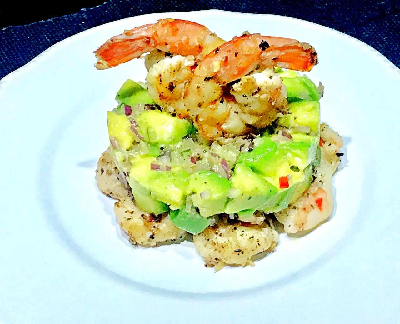 Tartar de Abacate com Camarão