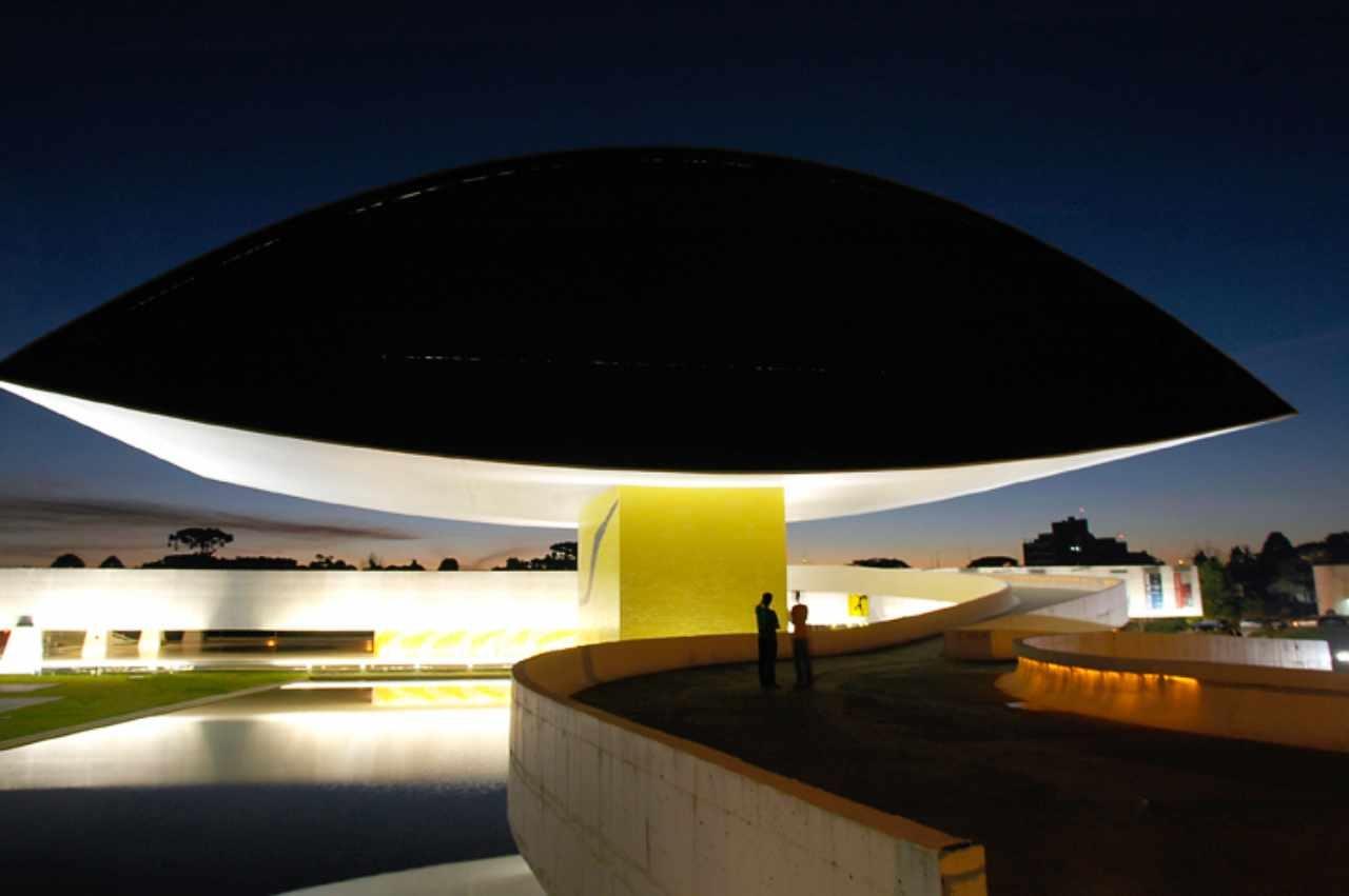 Curitiba - Museu Oscar Niemeyer