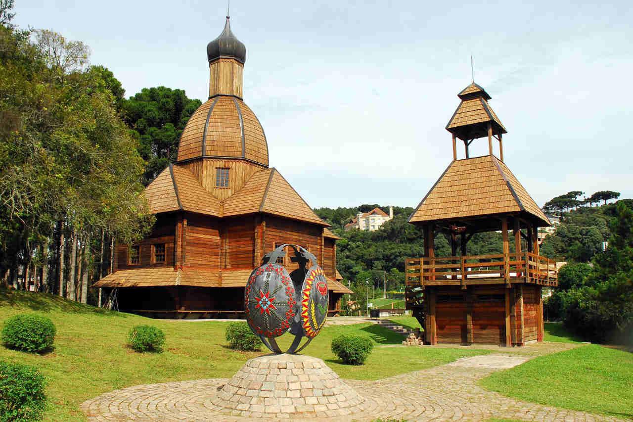 Como conhecer Curitiba em 42 atrações - Memorial Ucraniano