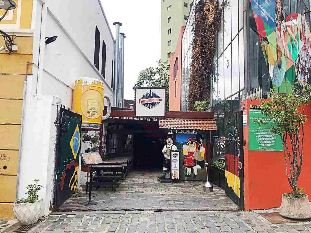 Como conhecer Curitiba em 42 atrações - Bar do Alemão