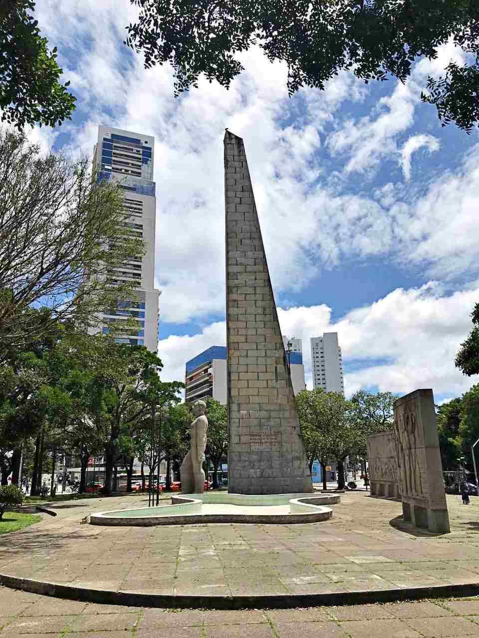 Como conhecer Curitiba em 42 atrações - Praça 19 de Dezembro