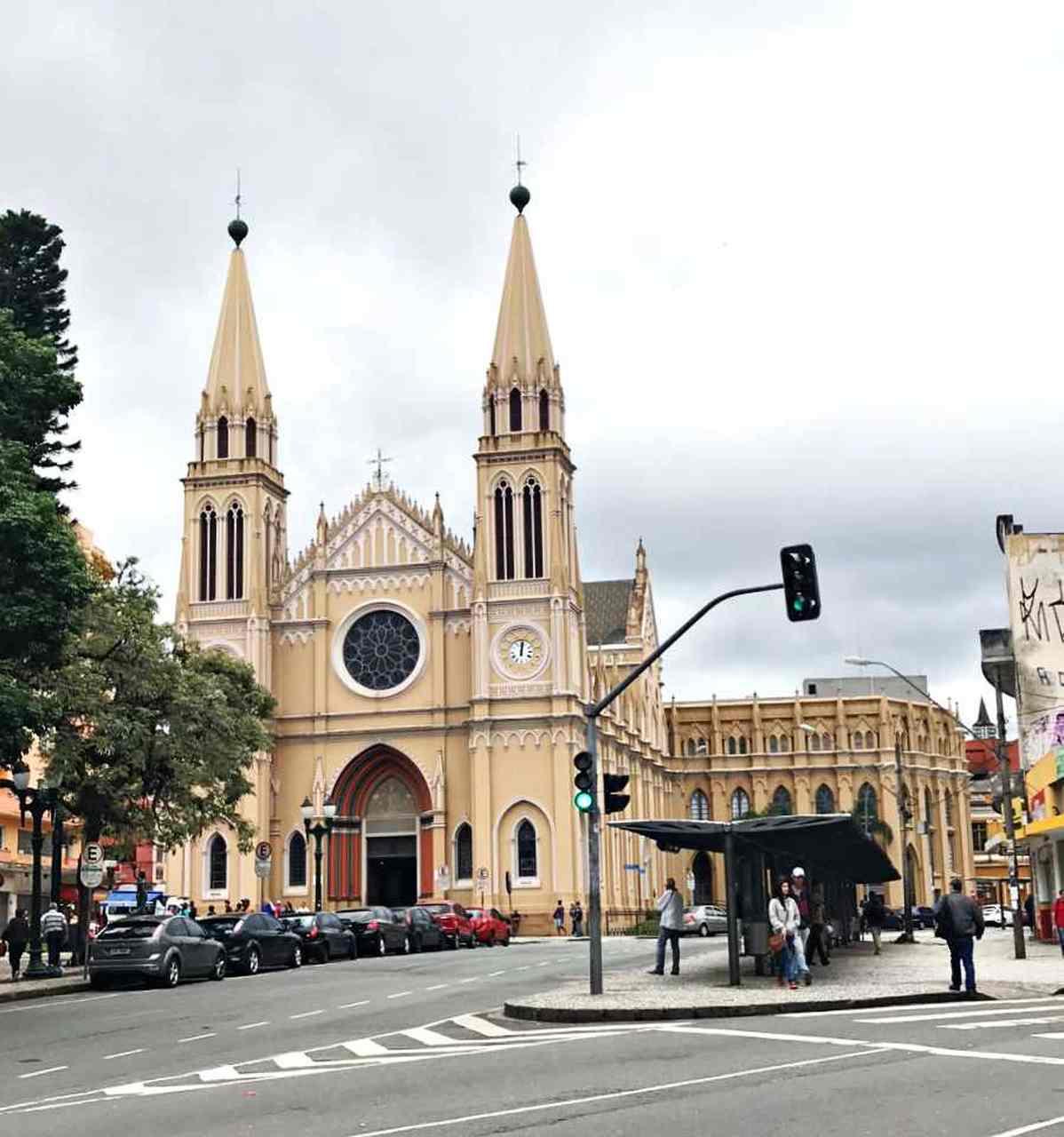 Como conhecer Curitiba em 42 atrações - Catedral