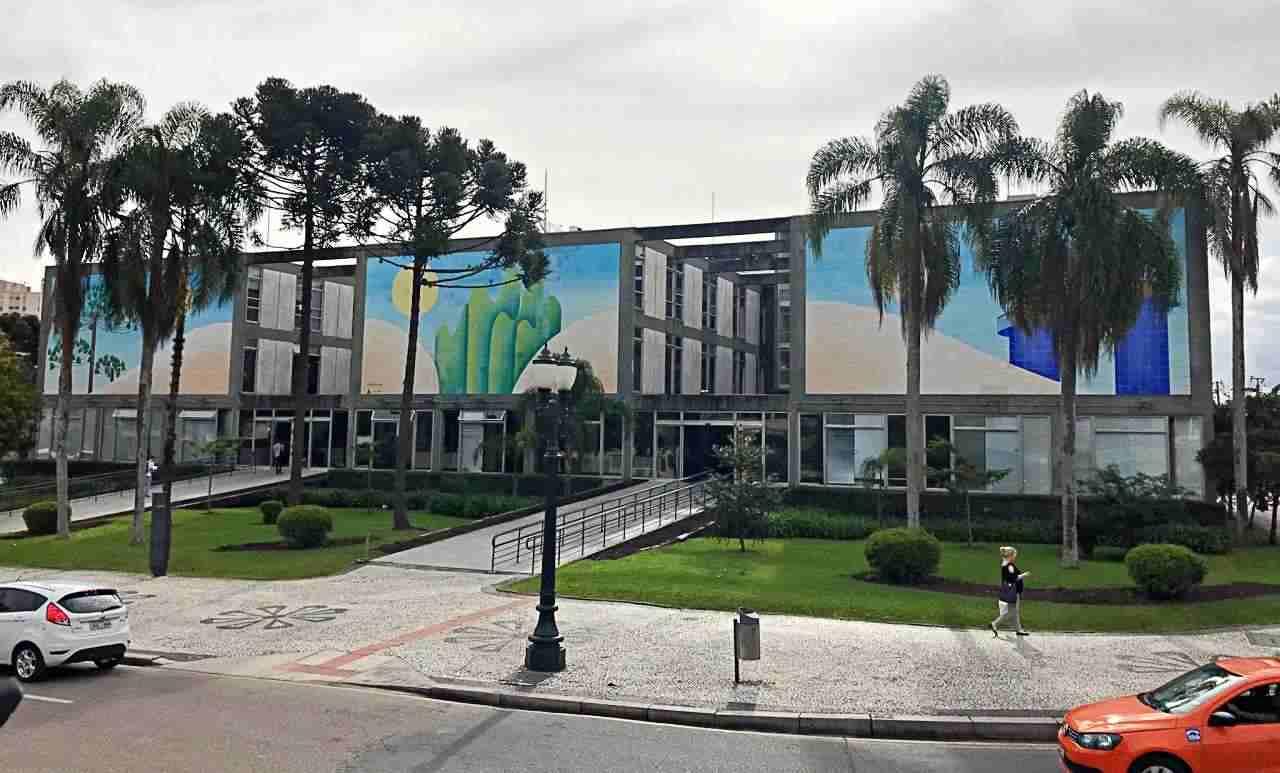 Como conhecer Curitiba em 42 atrações - Centro Cívico