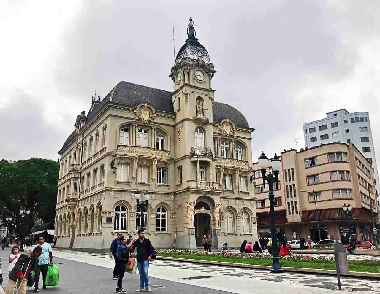 Como conhecer Curitiba em 42 atrações - Paço da Liberdade