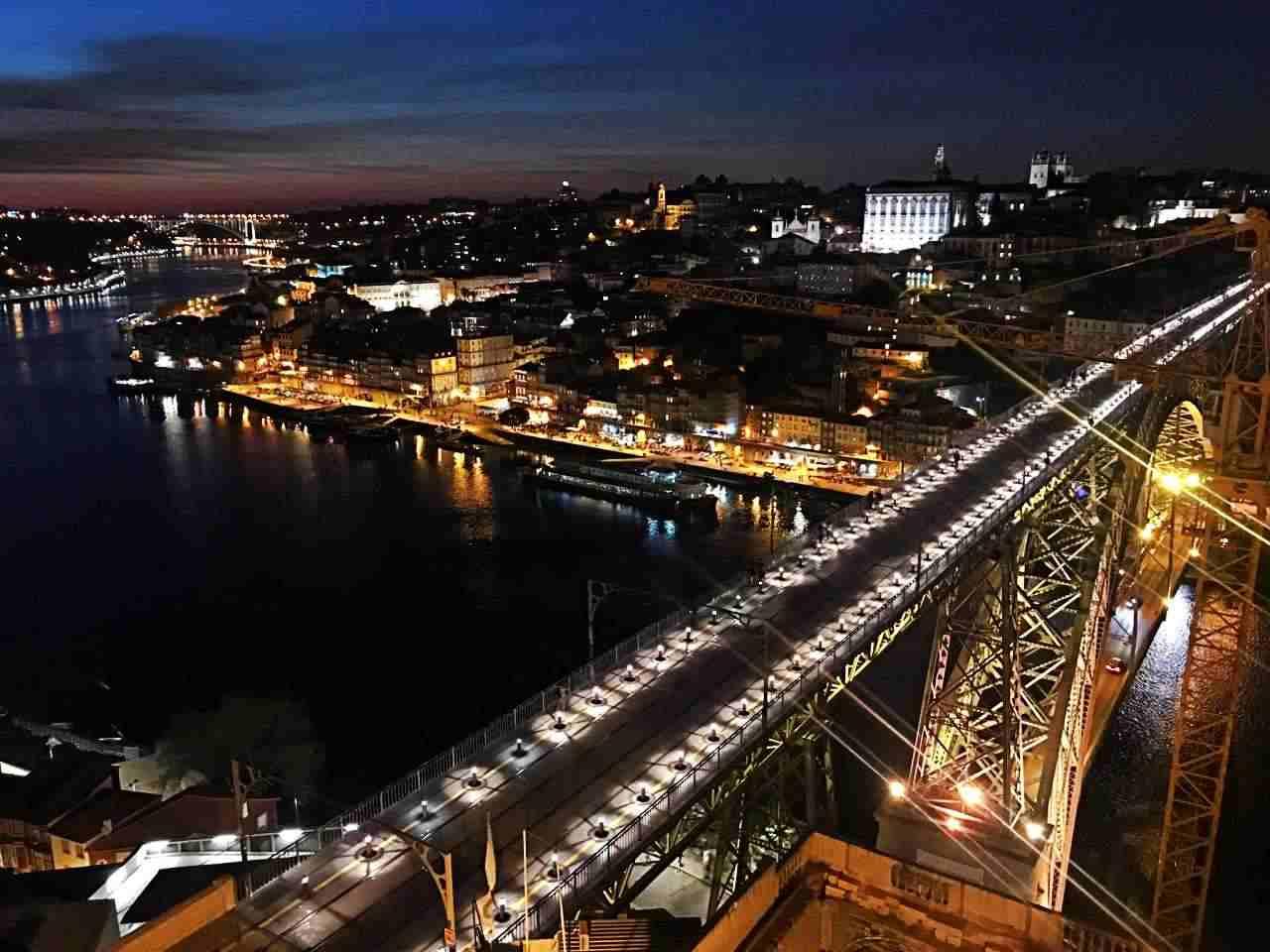 Ponte D. Luis I - de Vila Nova de Gaia a Porto