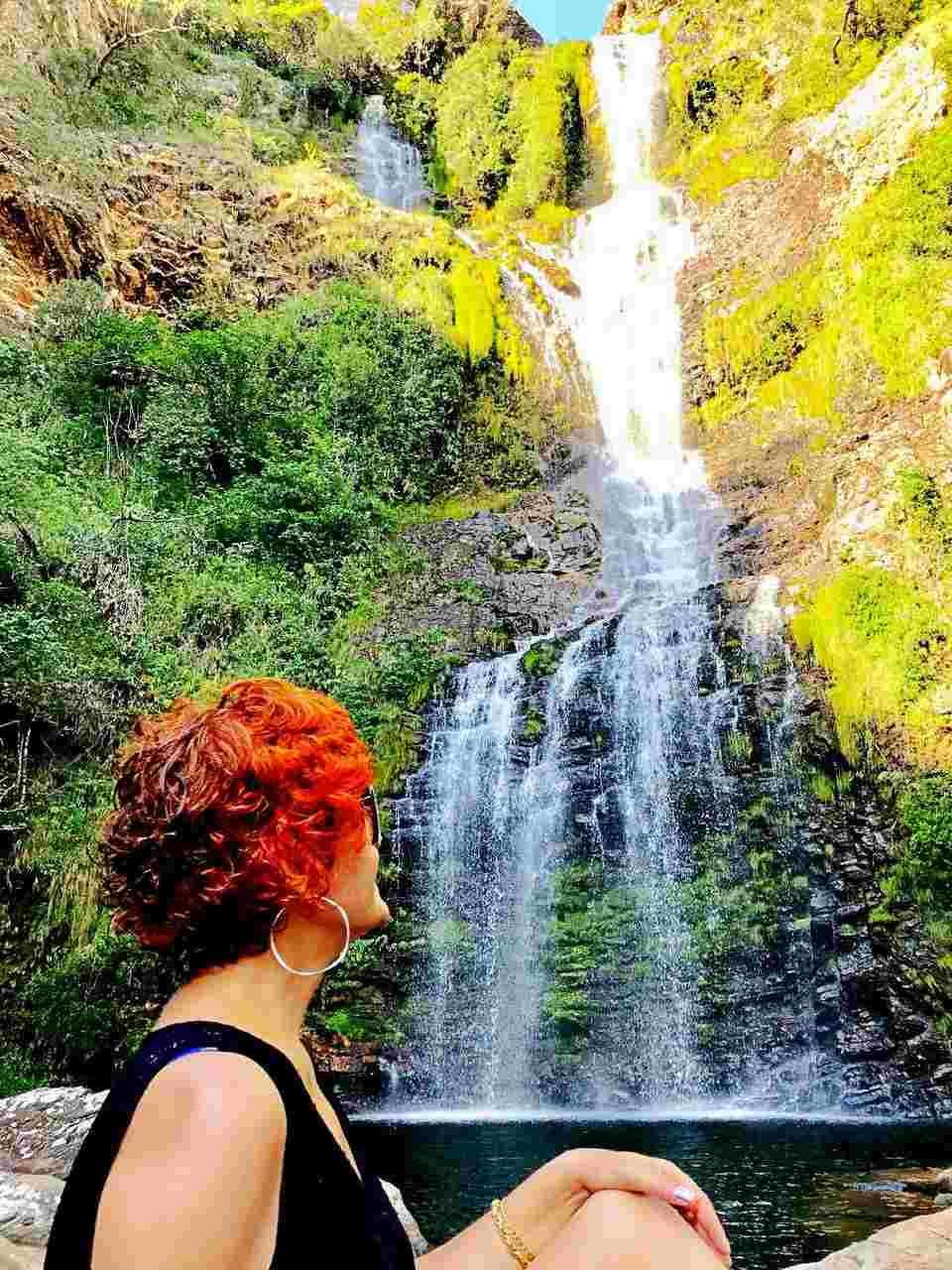 Admirando a Cachoeira da Farofa