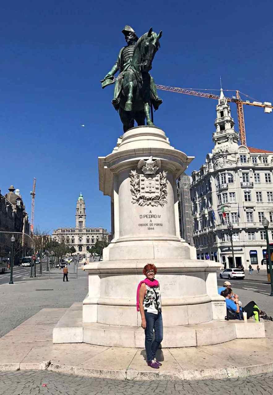 Estátua de D. Pedro IV - o que fazer em Porto Portugal