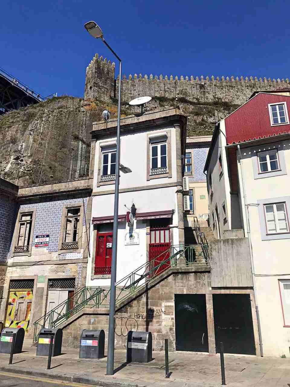 Escada dos Guindais - O que fazer em Porto Portugal