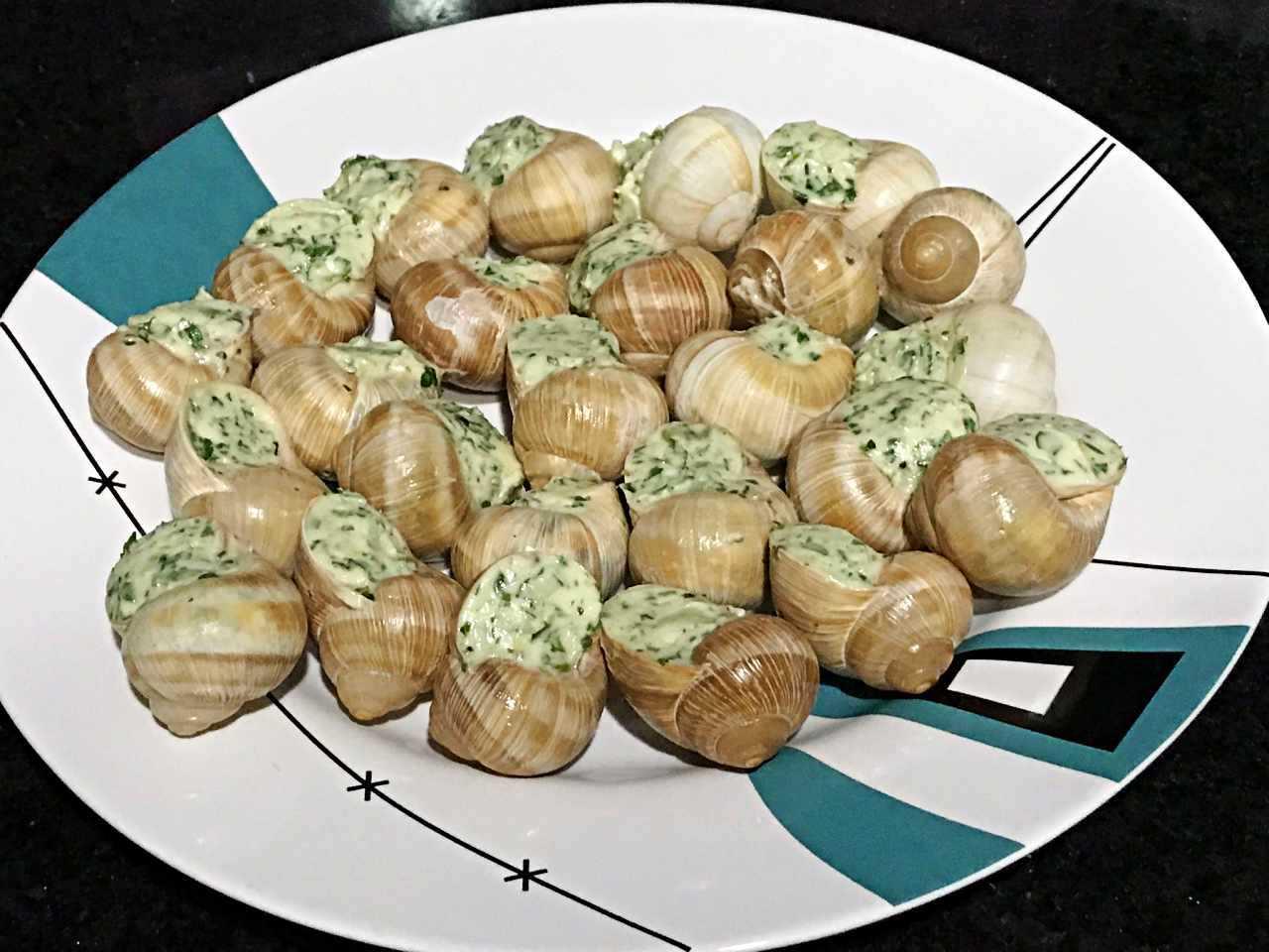 Escargot à Bourgogne prontos para forno