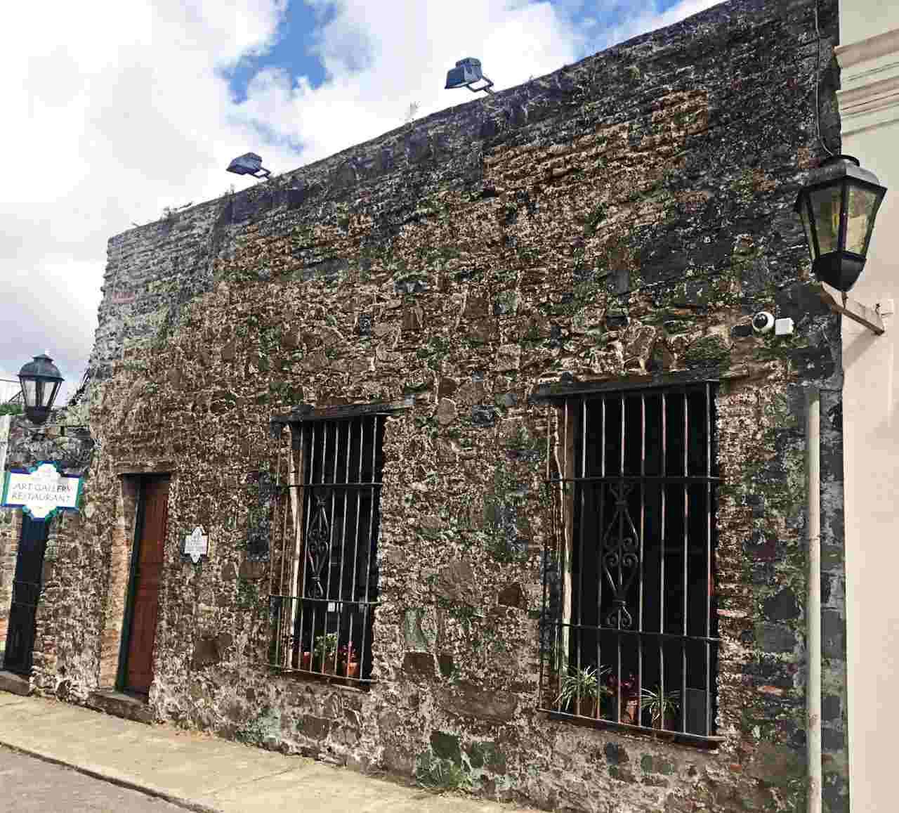 Casa de Carlos Páez Vilaró, em Colonia del Sacramento