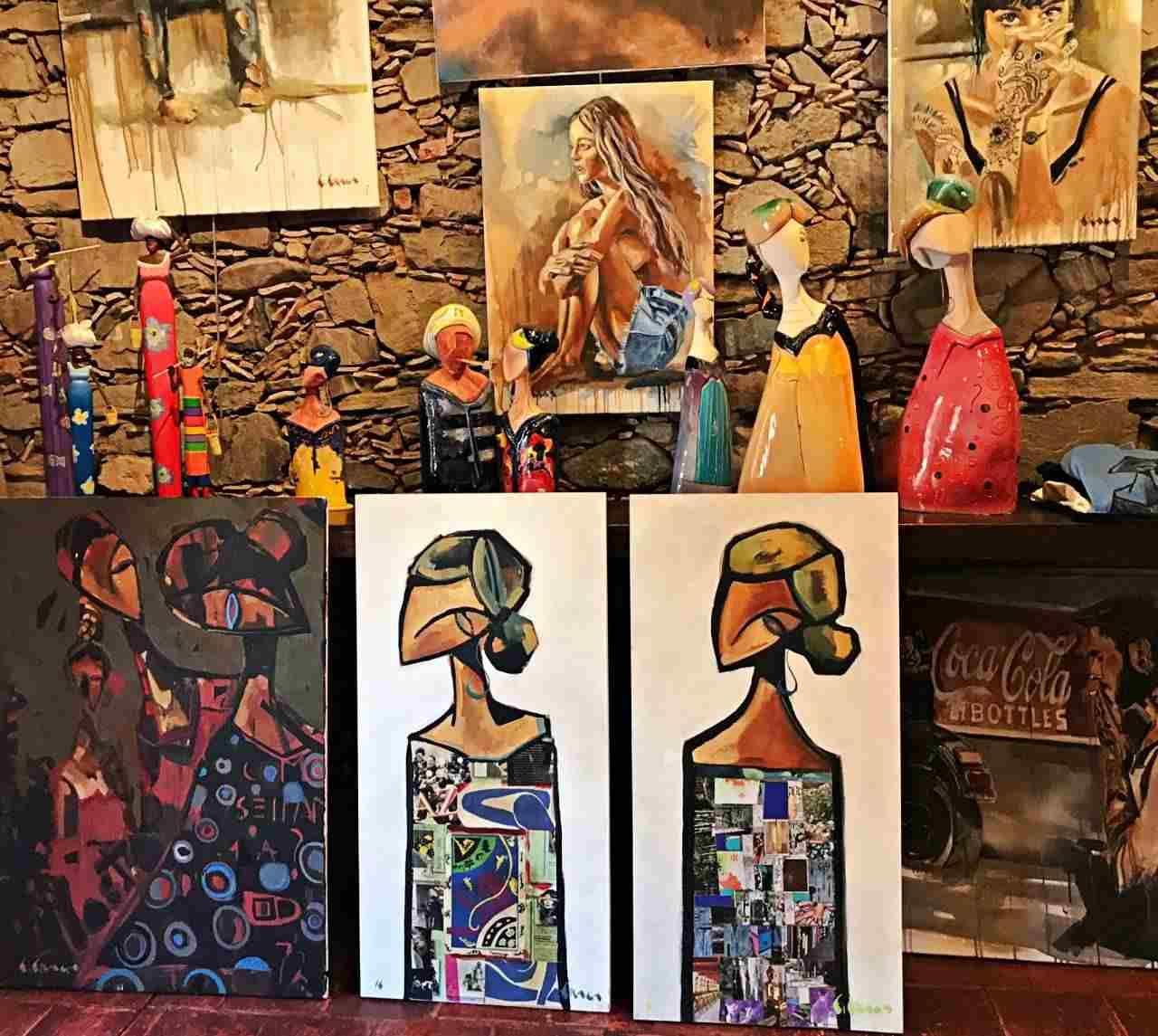 Obras de Fernando Fraga , atelier em Colonia del Sacramento
