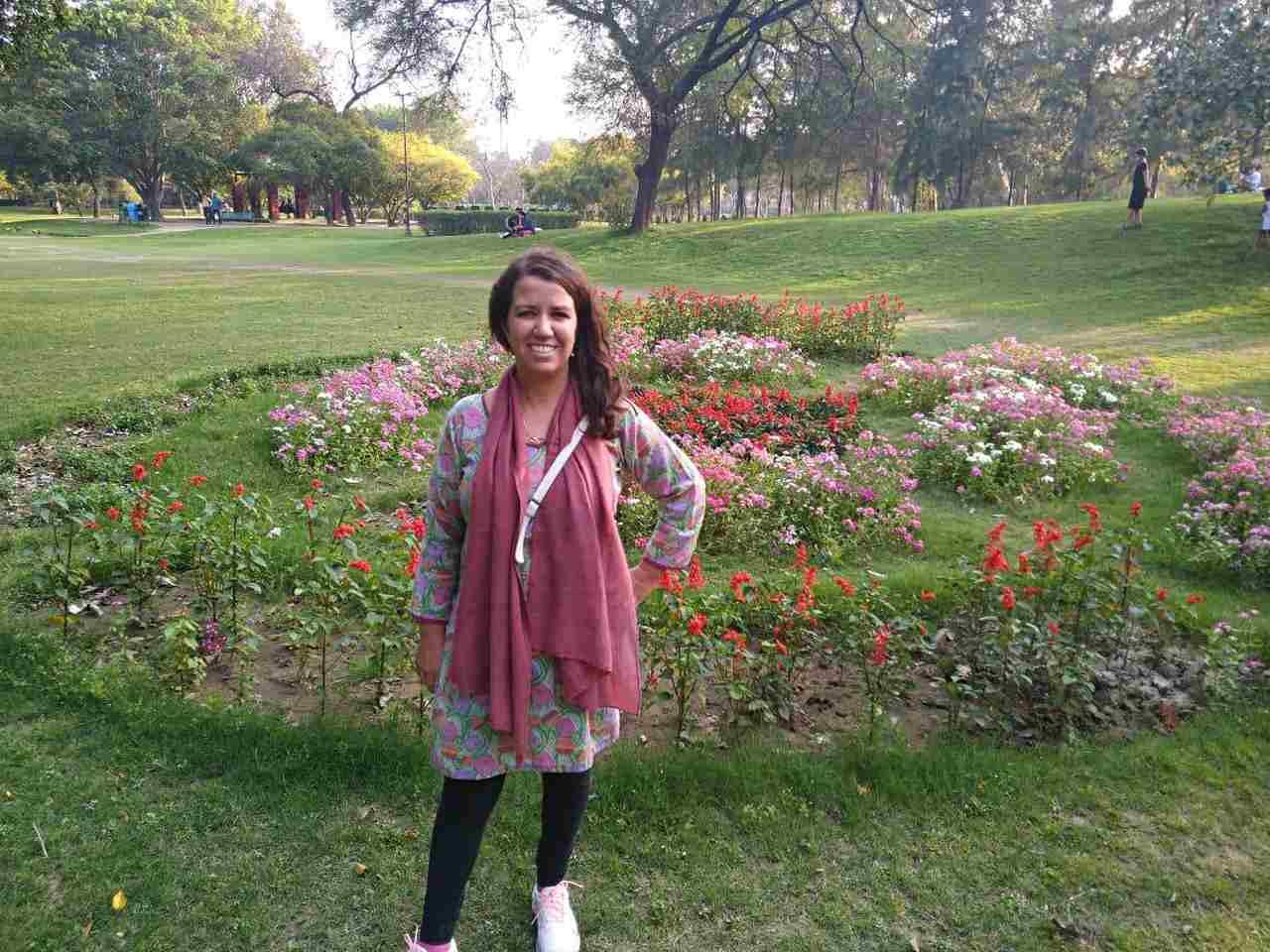 Juliana em Lohia Park, Lucknow - Índia