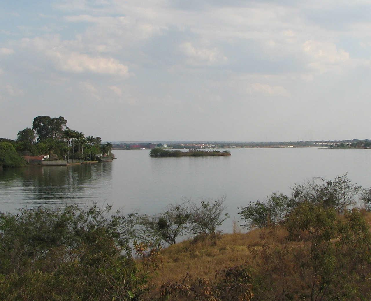 Ilha do Retiro - Lago Paranoá