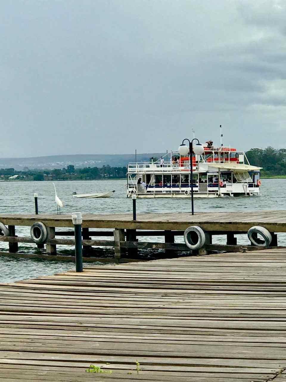 Passeio de Barco e festas Lago Paranoá