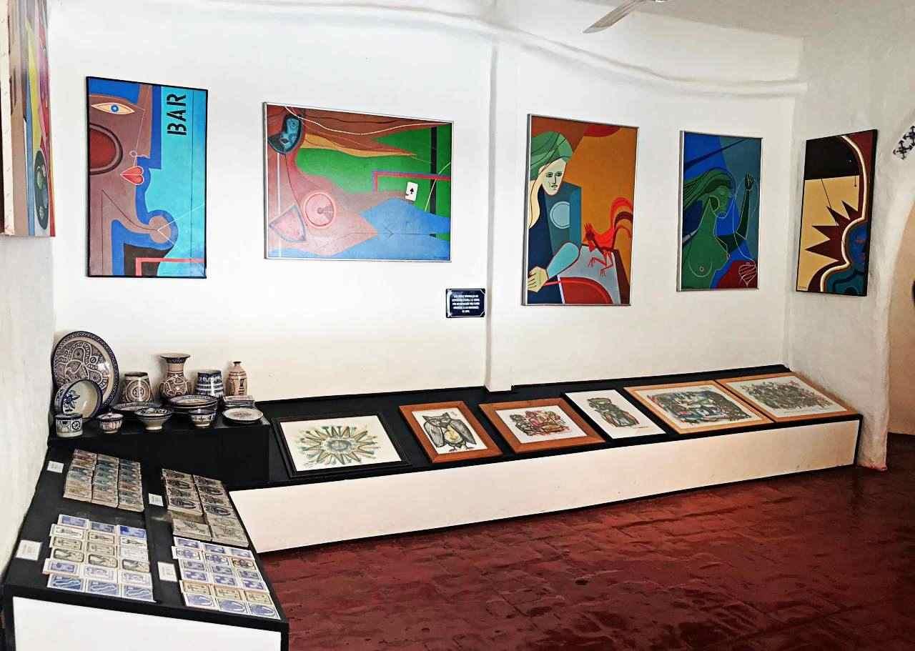 Punta del Este CasaPueblo Museu - pinturas de Vilaró