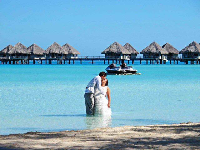 2 formas de casar numa ilha paradisíaca, Bora Bora